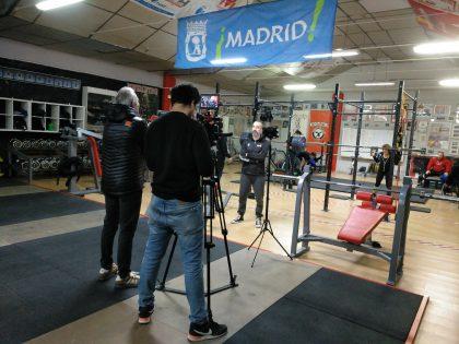 Sideropolis y el powerlifting, en TVE
